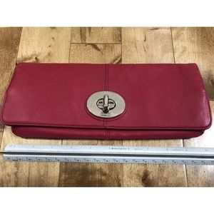 Coach Brand New Clutch Pink